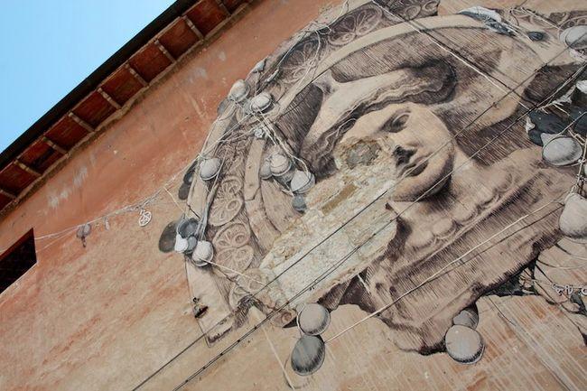 Fresques Par San - Perouse (Italie)