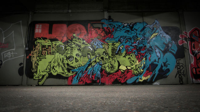 Piece Par Horfe - Paris (France)