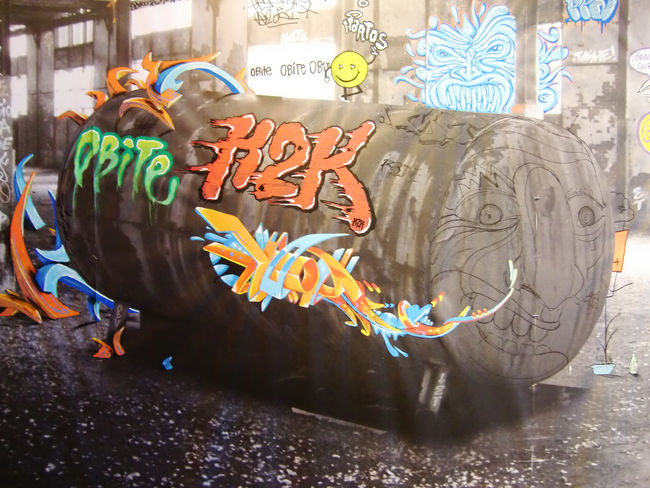 Fresques Par Shaka, Amour, Resh, Caligr, Hobite, Septik, Nawie - Paris (France)
